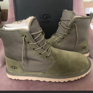 Men's Harkley Uggs size 11 NWT